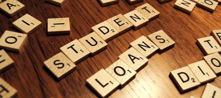 Mahasiswa & Student Loan, Ada Apa dengan Dunia Pendidikan?