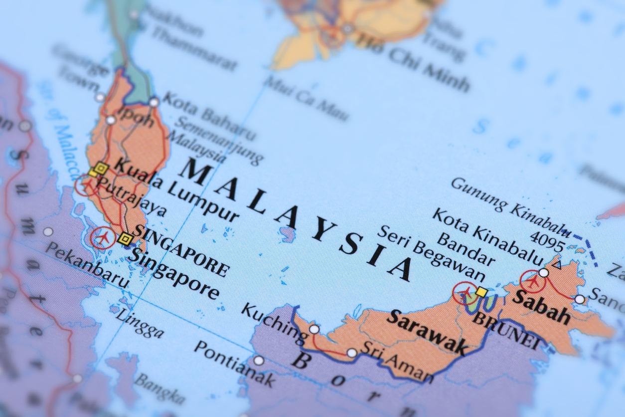 Pengaruh Suksesi Perpolitikan Malaysia Terhadap Indonesia